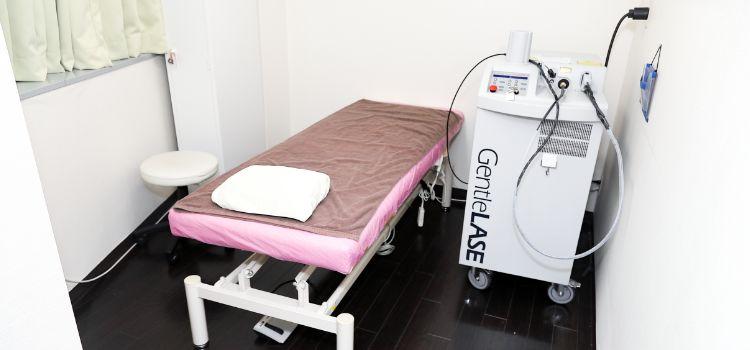 美容皮膚科新宿マリアクリニックの医療脱毛の施術室