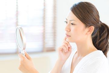 シミの悩みは美容皮膚科で解決!