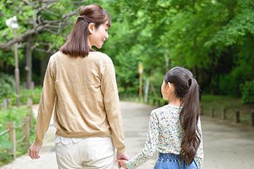 子ども・未成年のわきが治療について新宿マリアクリニックが解説